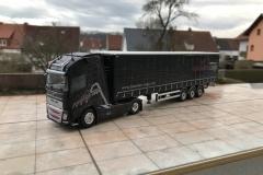Dolomiten_Cargo_TRUCKMO_Volvo_Sattelzug_Tekno_herpa_Modellbau (38)