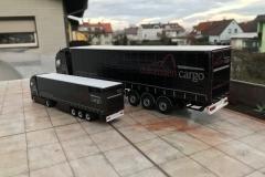 Dolomiten_Cargo_TRUCKMO_Volvo_Sattelzug_Tekno_herpa_Modellbau (48)