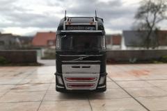 Dolomiten_Cargo_TRUCKMO_Volvo_Sattelzug_Tekno_herpa_Modellbau (34)