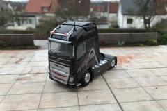 Dolomiten_Cargo_TRUCKMO_Volvo_Sattelzug_Tekno_herpa_Modellbau (35)