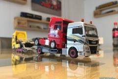 Herpa_Transordizia_Lkw-Transporter_Hängerzug_MAN_TGX_XLX_Euro_6c_308595_Lkw-Modelle_TRUCKMO_17