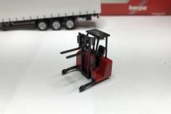 Truckmo_Modellbau_Modelle_Herpa_Mitnahmestapler_Heckstapler_Stapler_076784_Schmitz_Gardinenplanenauflieger16