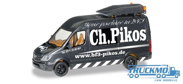 herpa_ch-_pikos_mercedes_benz_sprinter_bf3_begleitfahrzeug_092845_truckmo_lkw-modelle57f79515b2384