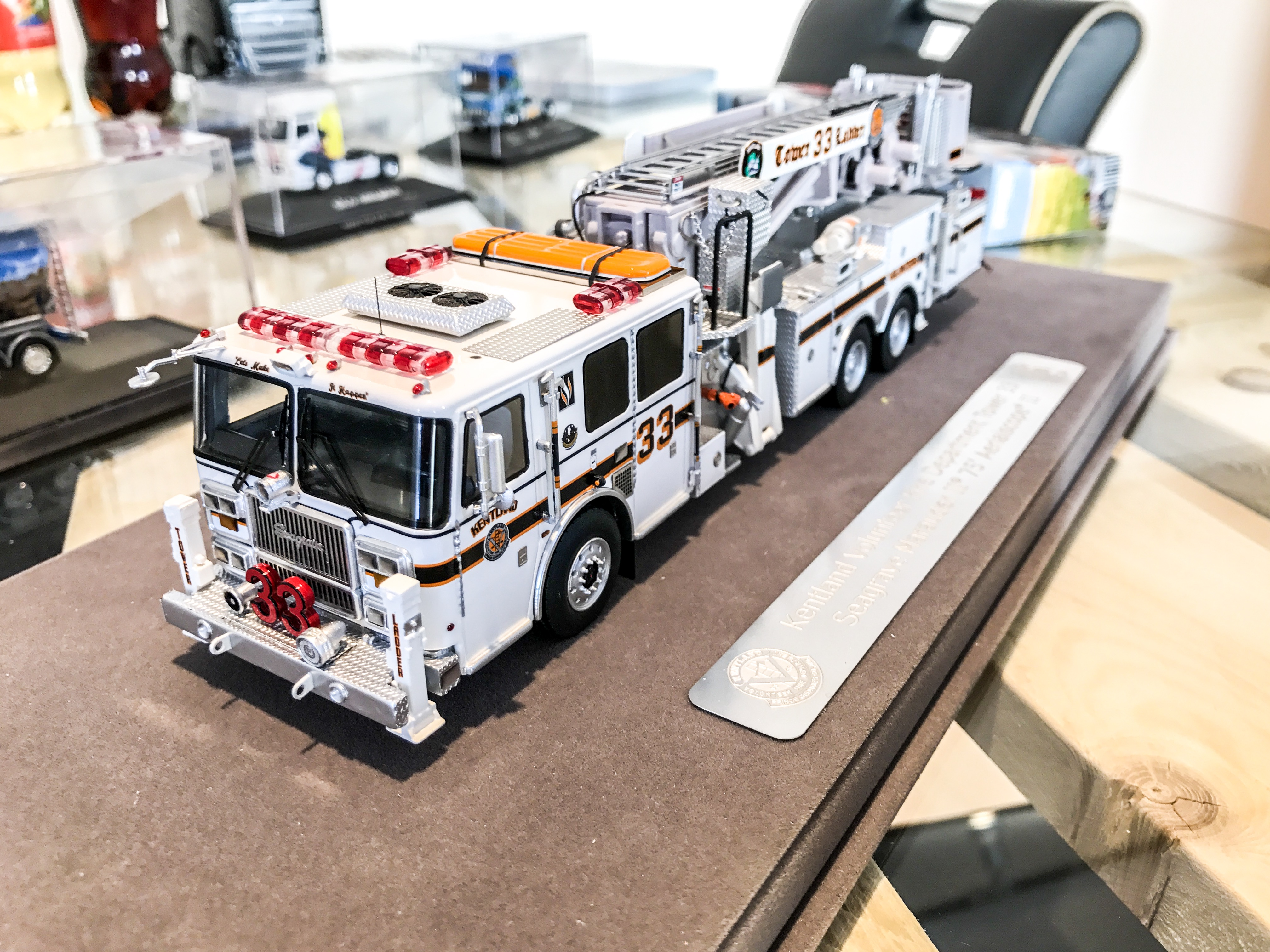 fire replicas feuerwehrmodelle lkw modelle und. Black Bedroom Furniture Sets. Home Design Ideas