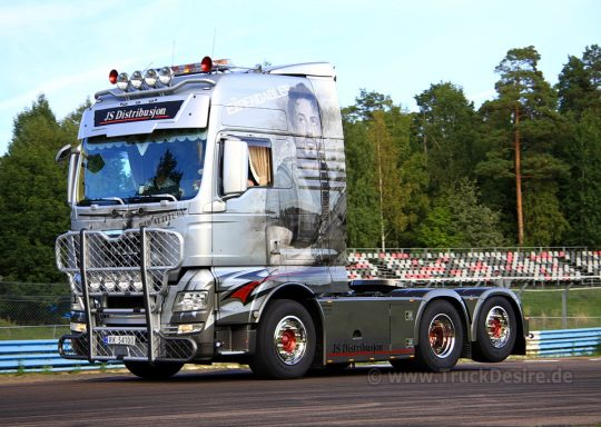 Robuster MAN TGX aus Norwegen – JS Distribusjon 05-0039